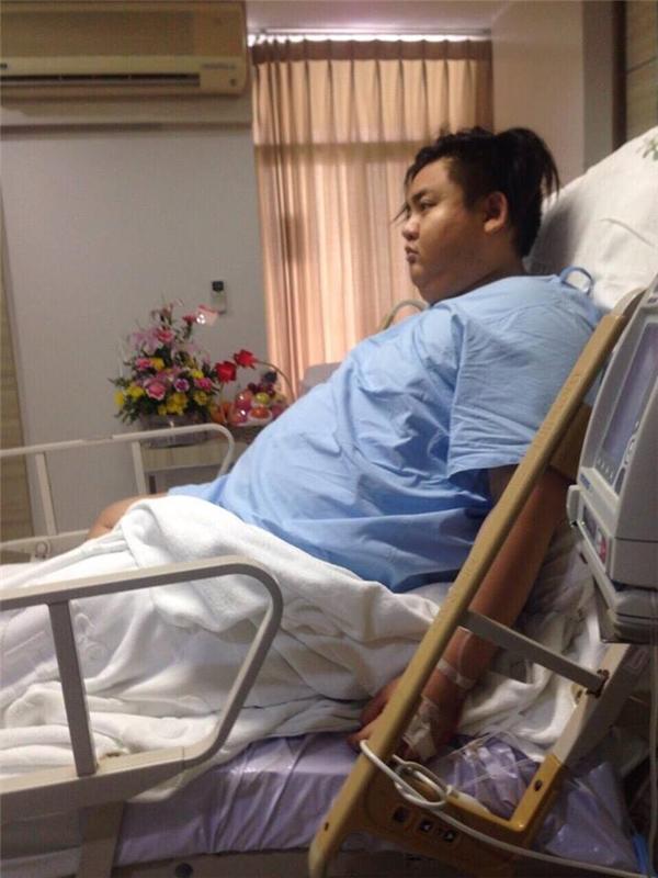 Chàng trai nặng 155kg gây sốc vì giảm cân ngoạn mục