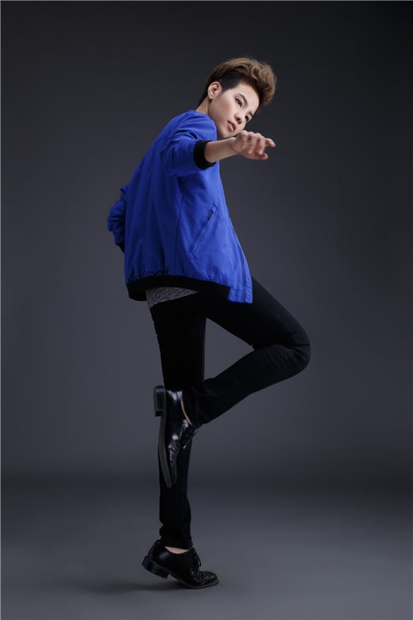 Bên cạnh đó, việc từng là thí sinh bước ra từ cuộc thi Giọng hát Việtcũng giúp cô khẳng định được giọng hát của mình có thể vừa vặn ở nhiều thể loại nhạc.