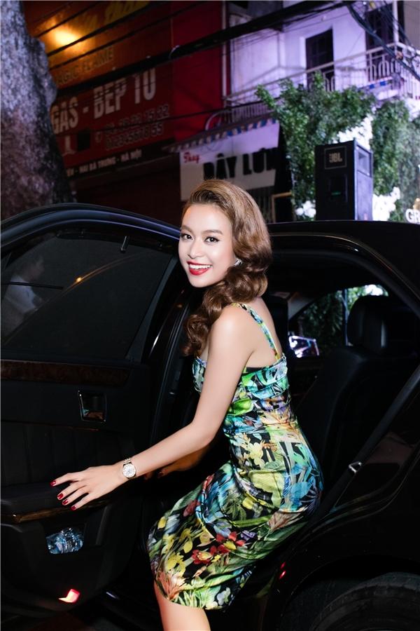 So với mặt bằng chung, sản phẩm âm nhạc mới này củaHoàng Thùy Linh có những điểm mạnh tạo nên sự đặc biệt so với các MV khác trên thị trường.