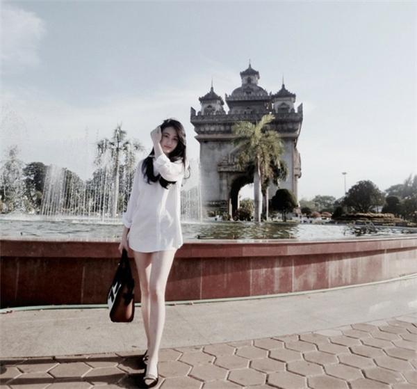 Vừa giàu, vừa xinh, vừa giỏi: Đây chính là hot girl số 1 của Lào, và cô ấy là người gốc Việt!