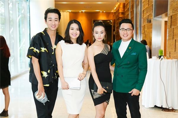 Hải Triều, Hạnh Thảo và đạo diễn Hải Anh tới ủng hộ cho dự án điện ảnh mới của Ngân Khánh.