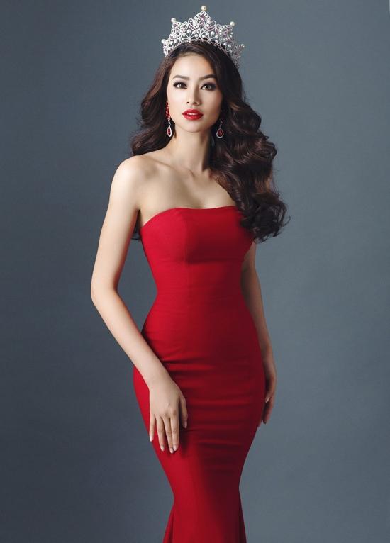 Sau thời gian dài hoạt động tại làng giải trí, giờ đây Phạm Hương đã được công nhận là một trong những Hoa hậu quốc dân, không chỉ có nét đẹp rạng rỡ, thần thái cuốn hút mà phong cách thời trang cũng vô cùng đẳng cấp, sang trọng. - Tin sao Viet - Tin tuc sao Viet - Scandal sao Viet - Tin tuc cua Sao - Tin cua Sao