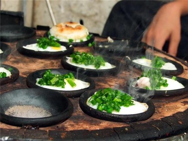 Ẩm thực Nha Trang - 4 loại bánh ở Nha Trang ai ăn cũng mê tít