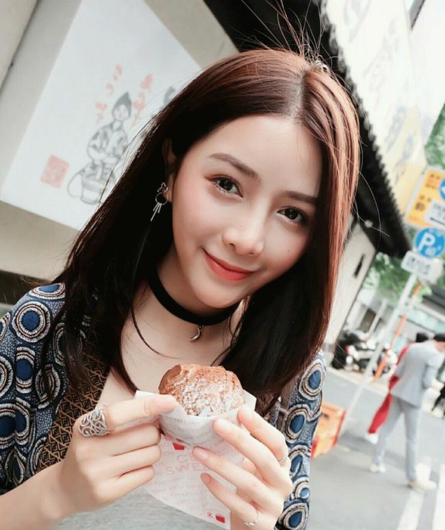 Có thể nói cô là một trong số những gương mặt xinh đẹp hàng đầu tại Lào.(Ảnh: Internet)