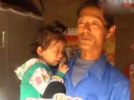 Sự thật đằng sau câu chuyện mẹ bán con trai để kiếm tiền cứu con gái