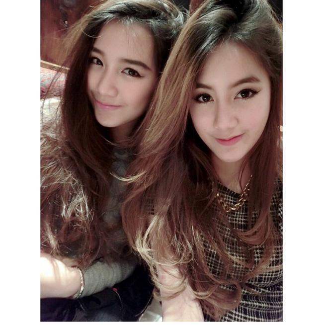 Hoá ra, hot girl Lào gốc Việt còn có chị gái cũng xinh, trẻ và sang chảnh không kém