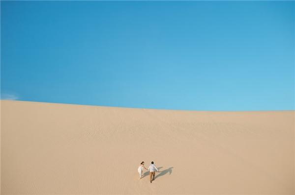 Chiêm ngưỡng bộ ảnh cưới đẹp rụng rời cặp đôi Thái chụp ở Việt Nam