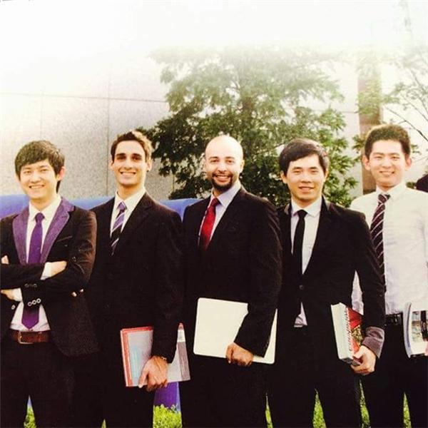 Phan Nhân tốt nghiệpThạc sĩ ngành Kinh doanh Quốc tế tại trường kinh doanh Top 4 tại Hàn Quốc – SolBridge Inl' School of Business. (Ảnh: NVCC)