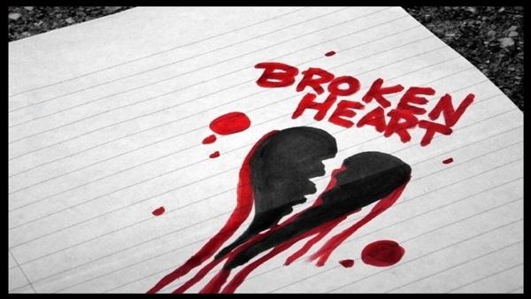 """#9 Trong tiếng Anh, tính từ được dùng nhiều nhất với từ """"heart"""" (trái tim) là """"broken"""" (tan vỡ).(Ảnh: Internet)"""