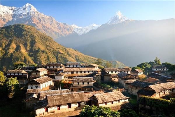 Du lịch thế giới - Du lịch 11 quốc gia đẹp như thiên đường chỉ với ví tiền sinh viên