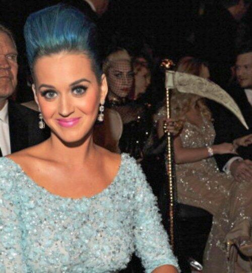 """Và bức ảnh có lẽ sẽ đi vào """"huyền thoại"""": Lady Gaga và Katy Perry. (Ảnh: Billboard)"""