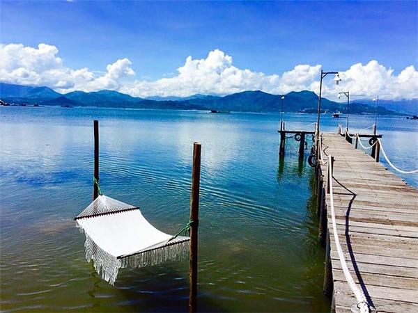 Tha hồ săn ảnh sống ảo với những lối đi giữa biển đẹp ngất ngây