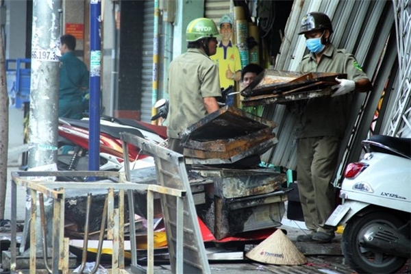 TP.HCM: 4 người thiệt mạng trong vụ cháy kinh hoàng
