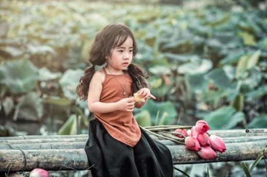 Tiết lộ về cô bé Công chúa tóc xù khiến vạn người mê