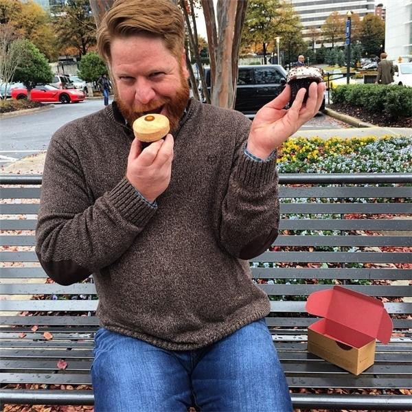 """""""Yum yum! Bánh cupcakes thật ngon""""."""