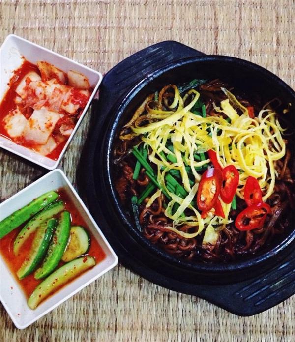 """""""Săn lùng"""" những quán ăn Hàn Quốc """"chuẩn không cần chỉnh"""""""