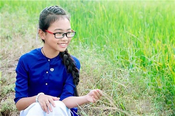 Mơ ước này đãphần nào thành hiện thực khi Phương Mỹ Chi giành ngôi Á quân Giọng hát Việt nhí mùa đầu tiên, để từ đây cuộc sống cô béđổi khác. - Tin sao Viet - Tin tuc sao Viet - Scandal sao Viet - Tin tuc cua Sao - Tin cua Sao