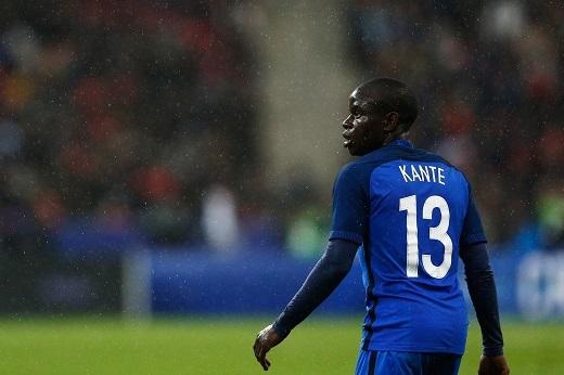 N'golo Kante có màn trình diễn vô cùng ấn tượng trong trận mở màn EURO 2016