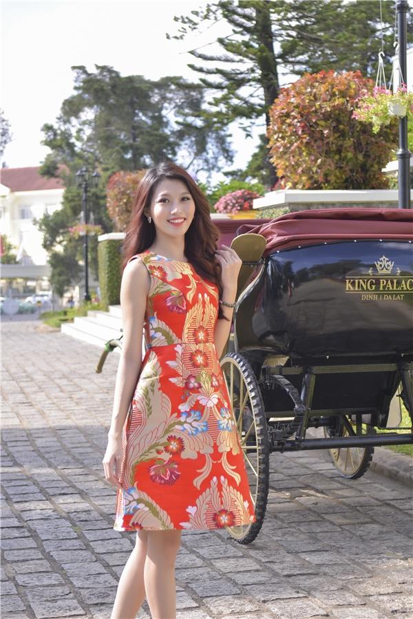 Sau đêm chung kết, Quỳnh Châu đã có mặt tại thành phố Đà Lạt để tham gia vào một hoạt động văn hóa đầy ý nghĩa. Nữ người mẫu diện trang phục trẻ trung, năng động với màu sắc bắt mắt.
