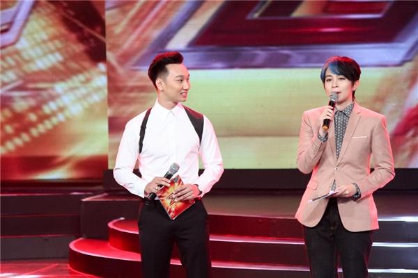 Diễn viên Thành Trung và ca sĩ Gil Lê đảm nhận vai trò dẫn dắt chương trình.