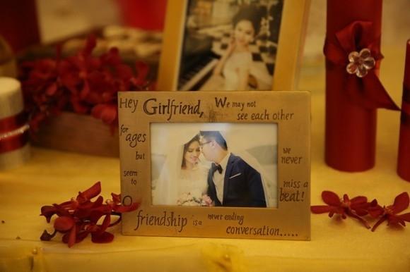 Đám cưới ấm cúng, giản dị của gái quê Lê Phương và chồng bác sĩ - Tin sao Viet - Tin tuc sao Viet - Scandal sao Viet - Tin tuc cua Sao - Tin cua Sao
