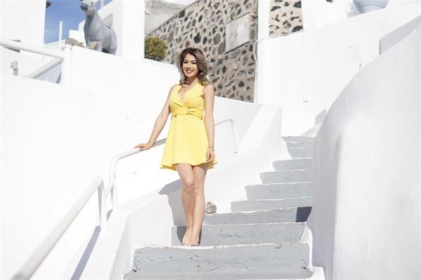 "Jacqueline ""thả dáng"" tạiSantorini,Hy Lạp. - Tin sao Viet - Tin tuc sao Viet - Scandal sao Viet - Tin tuc cua Sao - Tin cua Sao"