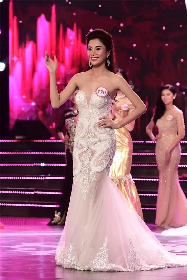 Phan Thị Hồng Phúc, sinh năm 1996, sinh viên Đại học Nguyễn Tất Thành
