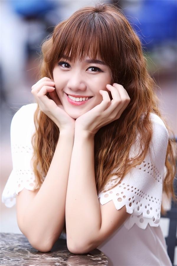 Từng được nhiều khán giả yêu mến bởi nụ cười tươi tắn và vẻ đẹp lai Hàn xinh xắn, Hari Won là thần tượng của không ít bạn trẻ. - Tin sao Viet - Tin tuc sao Viet - Scandal sao Viet - Tin tuc cua Sao - Tin cua Sao