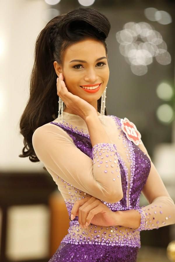 Theo thông tin trước đó, H'Ăng Niê từng dự thi Hoa hậu Việt Nam 2012 nhưng không lọt vào vòng chung kết.