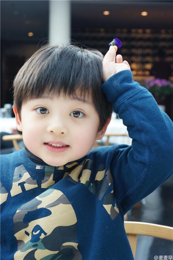Bành Tử Tô làcái tên nhỏ tuổiđược cộng đồng mạng dành nhiều sự chú ý trong suốt thời gian qua.