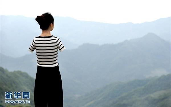 8 tuổi, Yang gặp một tai nạn khiến cuộc đời cô hoàn toàn thay đổi.(Ảnh: News.cn)
