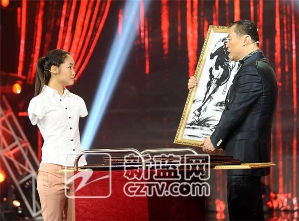 """Tham dự chương trình """"Giấc mơ Trung Quốc"""", câu chuyện của Yang càng được nhiều người chú ý hơn.(Ảnh: News.cn)"""