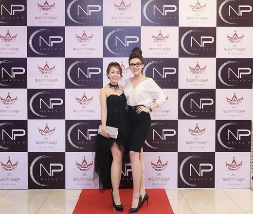 Hoa khôi Doanh nhân Phương Suri và Nhà phân phối lớn nhất khu vực miền Bắc Hiền Nelly.