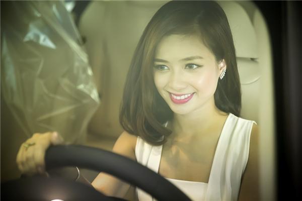 Thời gian gần đây, Dương Hoàng Yếnbất ngờvướng phải những lùm xùm với BTC của chương trình Hoa hậu biển Việt Nam.