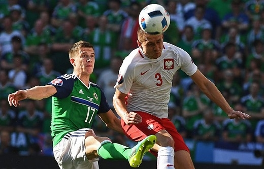 Trung vệ Patrick McNair (Bắc Ireland, 5.89 điểm):Sao mai sinh năm 1995 là điểm yếu duy nhất trong hàng phòng ngự của Bắc Ireland và bị thay ra ở ngay đầu hiệp hai trận đấu với Ba Lan do không đáp ứng được yêu cầu chuyên môn của HLV Michael O'Neill.