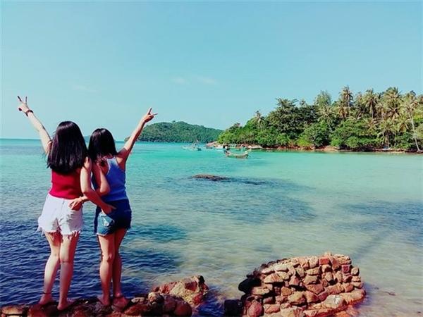 Đi du lịch cùng bạn bè hay người thân sẽ đem lạinhiều lợi ích không ngờ.(Ảnh: Internet)
