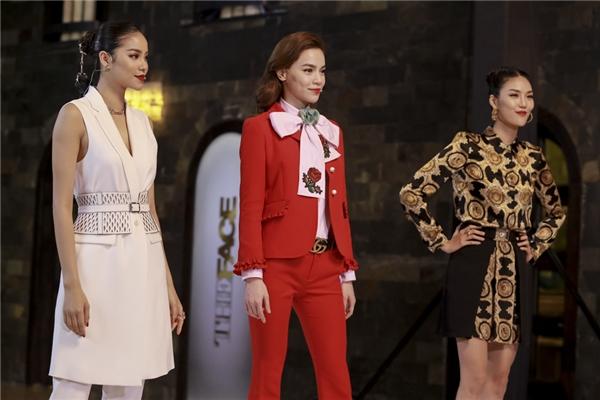 Bộ ba huấn luyện viên trong tập đầu tiên của The Face Vietnam 2016.