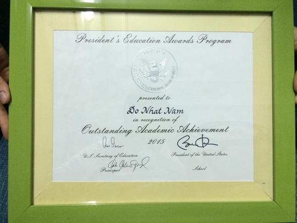 Giải thưởng học sinh xuất sắc của Tổng thống Obama trao tặng. (Ảnh: Internet)