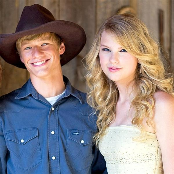 Điểm danh dàn trai đẹp hạng A trong hậu cung của Taylor Swift