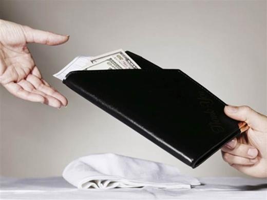 Ở Nhật, boa tiền là một hành động thô lỗ. (Ảnh: Internet)