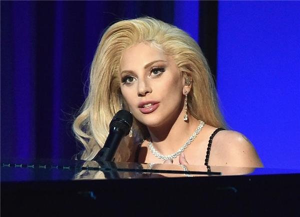 Lady Gaga: Thị Dậu