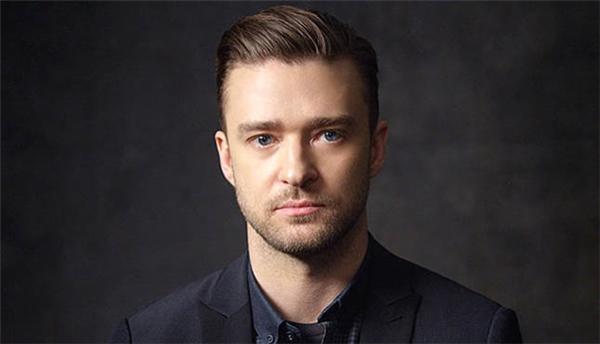 """Justin Timberlake: fan Trung Quốc gọi người tình một thời của Britney Spears là """"ông chủ"""" (lao ban) do họ rất ngạc nhiên về những dự án kinh doanh của anh."""