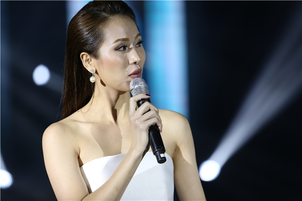 Thái Hà nói về người tình tin đồn Khắc Tiệp tại Đêm hội chân dài 10 - Tin sao Viet - Tin tuc sao Viet - Scandal sao Viet - Tin tuc cua Sao - Tin cua Sao
