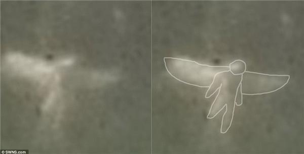 Những phác thảo từ hình chụp cho thấy sinh vật có đầu, tay, chân và cánh giống hệt những ghi chép về thiên thần.