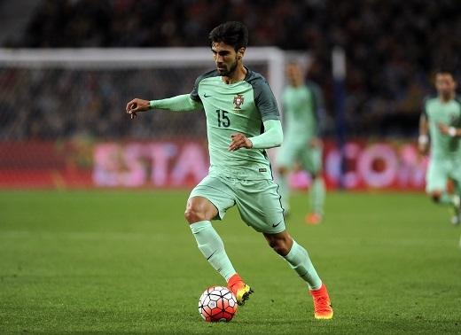 Lời đề nghị 40 triệu euro của Chelsea đã bị Valencia từ chối.