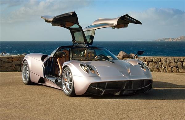 """Chiếc siêu xe được mệnh danh là """"Thần gió"""" với giá trị lên đến 78 tỷ đồng đã tìm được chủ nhân của mình."""