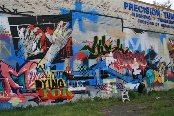 Những khu ổ chuột đã trở thành những địa điểm du lịch nổi tiếng nhờ những bức vẽ grafitti quy mô lớn.(Ảnh: Internet)