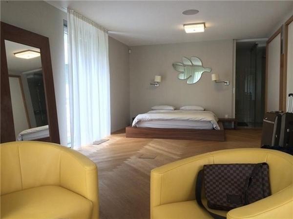 Các phòng ngủ trong căn hộ này đều khá rộng rãi và thoáng mát. - Tin sao Viet - Tin tuc sao Viet - Scandal sao Viet - Tin tuc cua Sao - Tin cua Sao