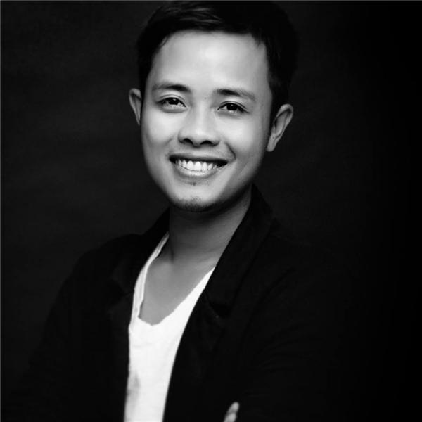 Lê Thiện Viễn là nhiếp ảnh hàng đầu Việt Nam, với kinh nghiệm dày dặn anh được BTC Hoa hậu Việt Nam tin tưởng giao phó trọng trách lên ý tưởng sáng tạo,dàn dựng cho các bộ ảnh dạ hội, bikini,áo dài.