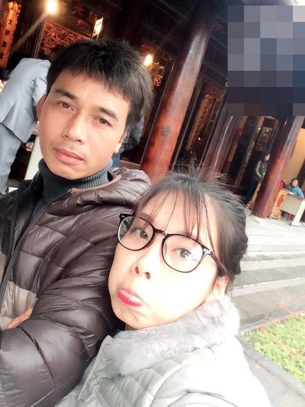 """Cha dượng """"soái ca"""" - chú Phạm Văn Diên và con gái Lê Thị Thu Thảo. (Ảnh: NVCC)"""